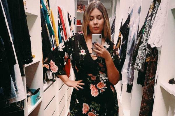 Magérrima, Marília Mendonça posa com vestidinho florido - Portal ... a070643c1c